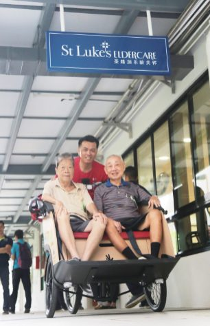 Mr Yeo and Mr Chong reminiscing the Kampong days as they rode on the trishaw.